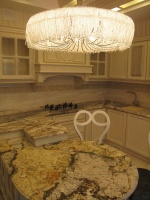 Стільниця в кухні з граніту Barricato